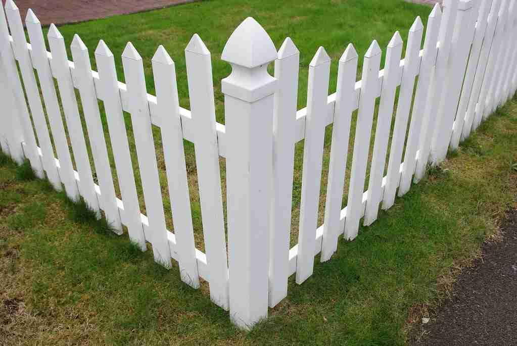 vinyl fence gresham oregon